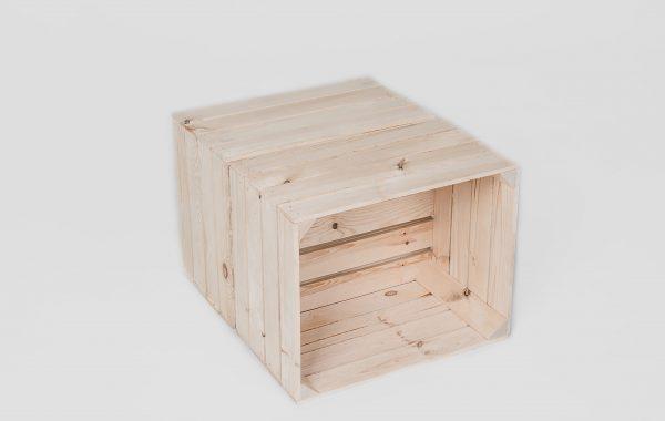 Stół ze skrzynek m
